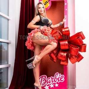 Подарочная коробка с живой куклой внутри